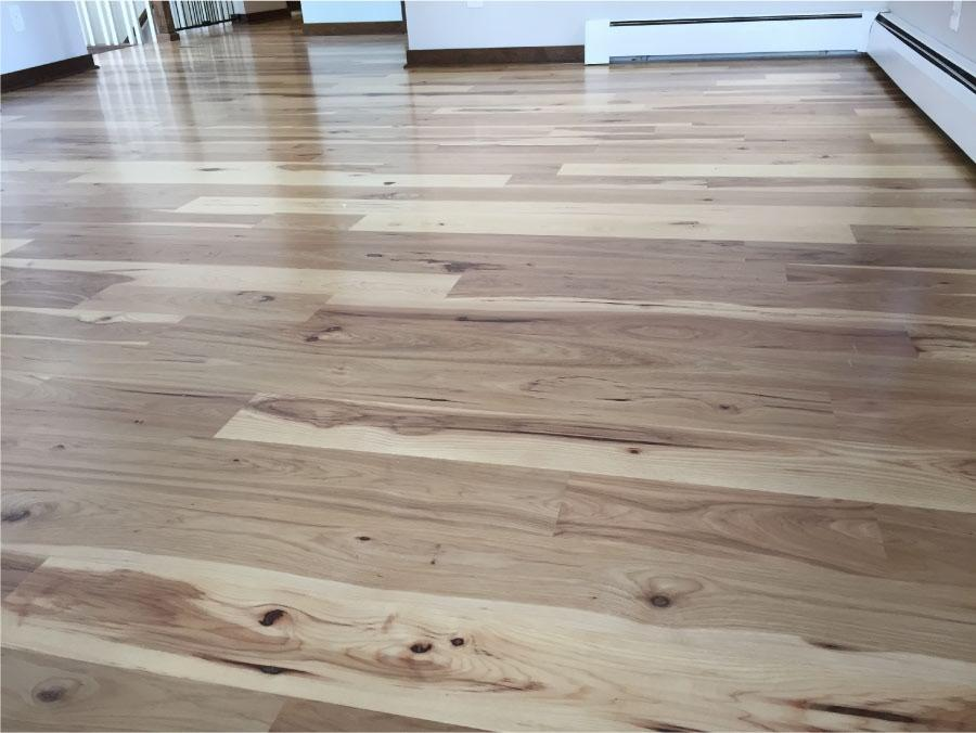 natural-hickory-floor-in-living-room